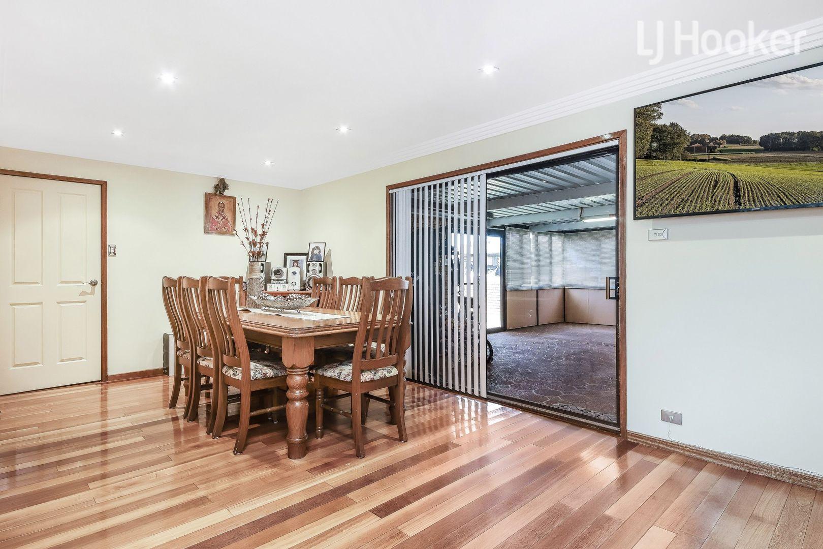 7 Footscray Street, St Johns Park NSW 2176, Image 2