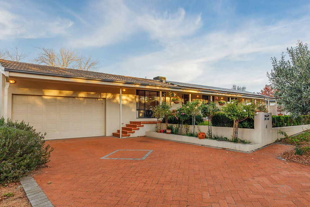 4 McClaughry Place, Gowrie ACT 2904, Image 1