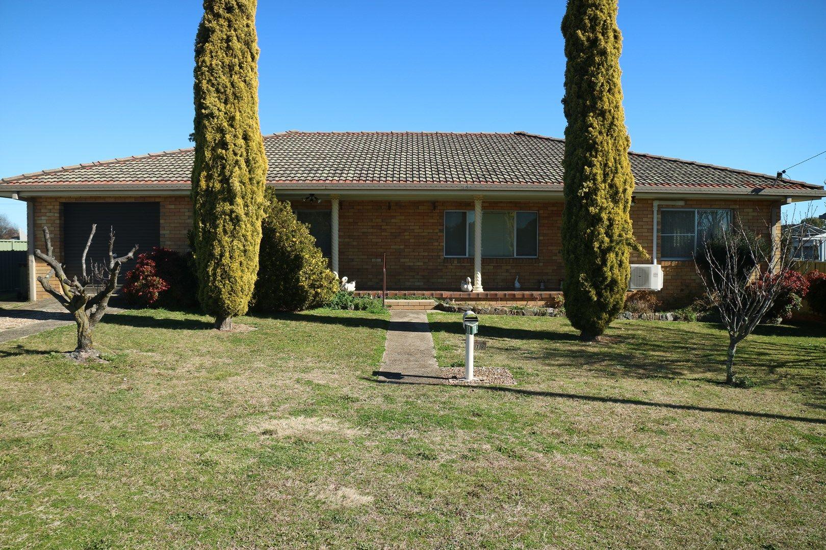 18 Blessing, Glen Innes NSW 2370, Image 0