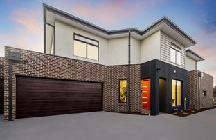 Picture of 2 & 3/5 Dubbo Street, Albion VIC 3020