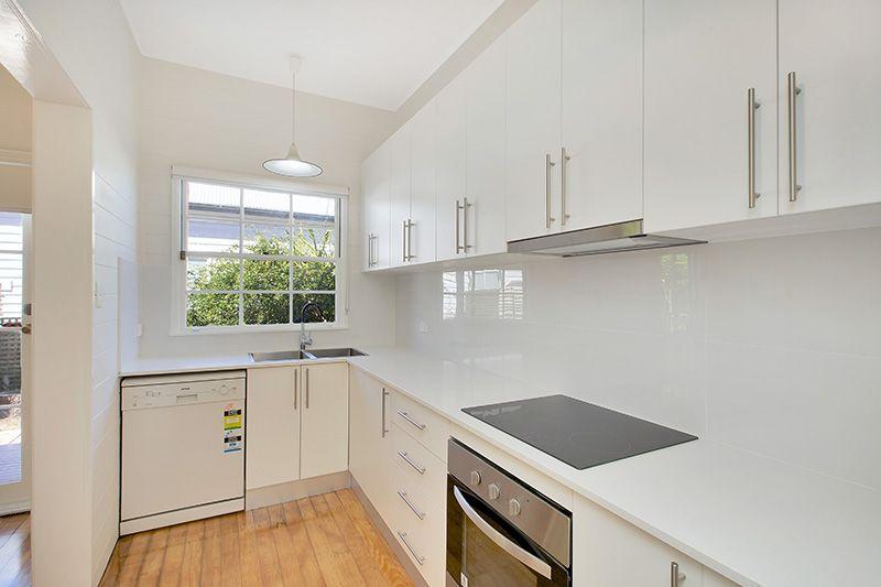 7 Spring Street, Balmain NSW 2041, Image 2