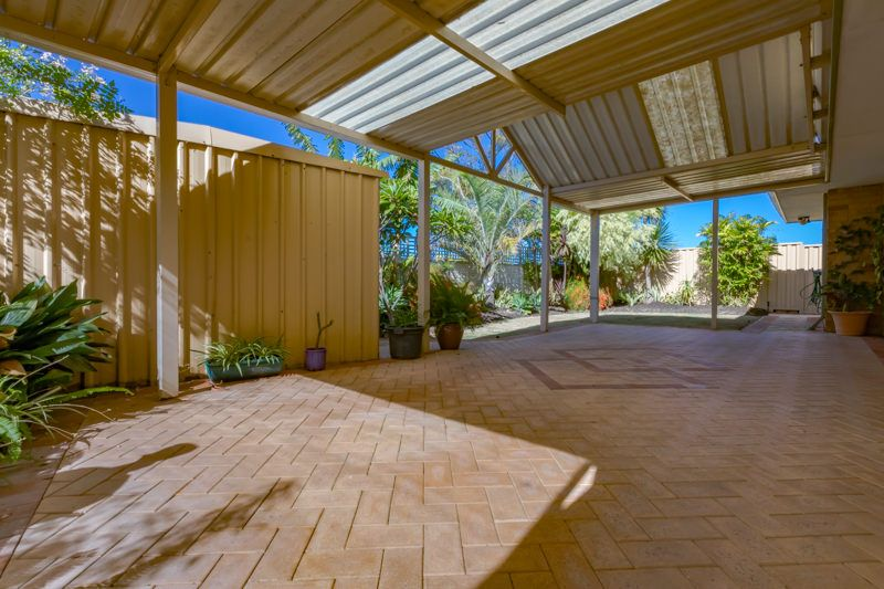 4 Inverness Court, Cooloongup WA 6168, Image 1