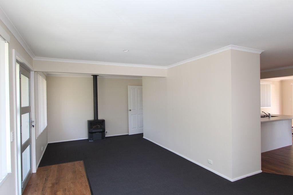 9 Wilson Street, Moss Vale NSW 2577, Image 1