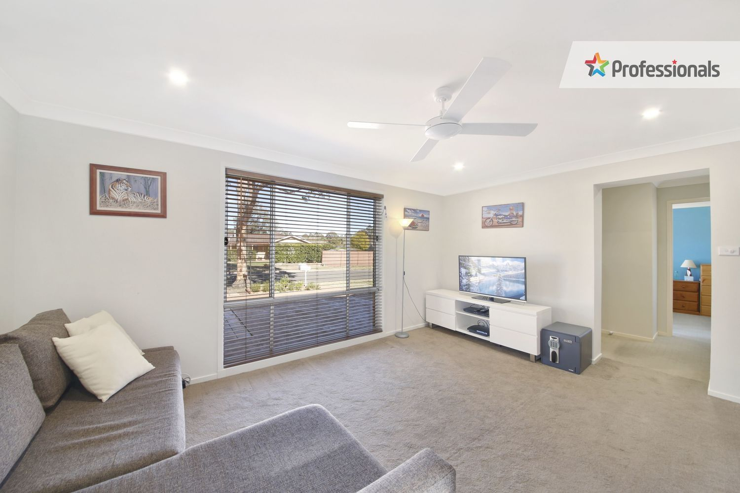 18 Hines Place, Mount Annan NSW 2567, Image 1
