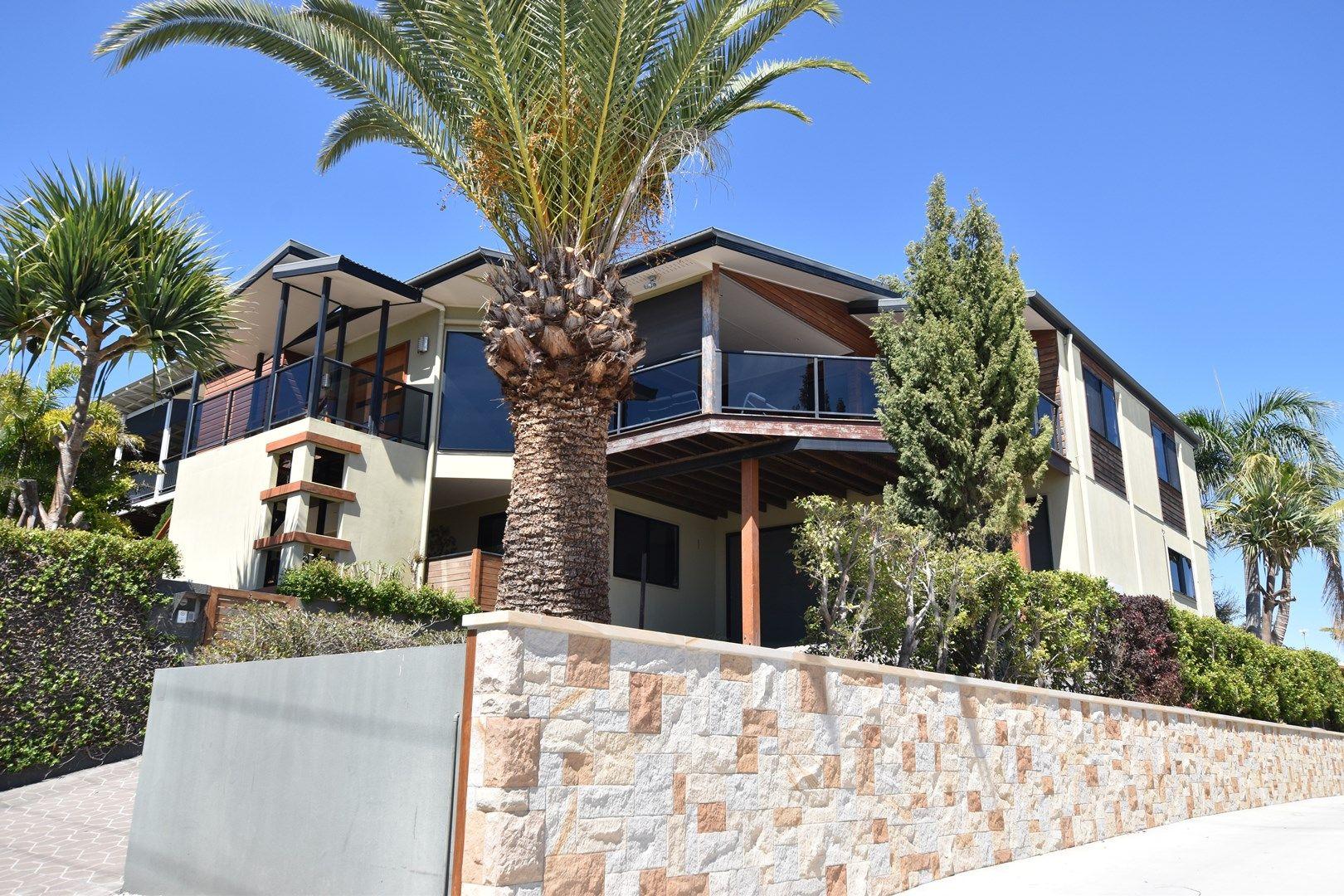 235 Oaka Street, South Gladstone QLD 4680, Image 0