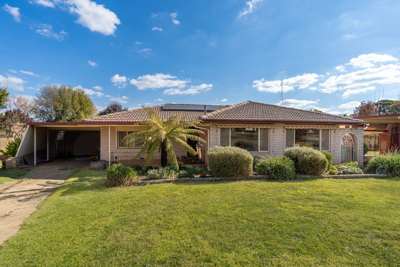 25 Courallie Drive, Orange NSW 2800, Image 0