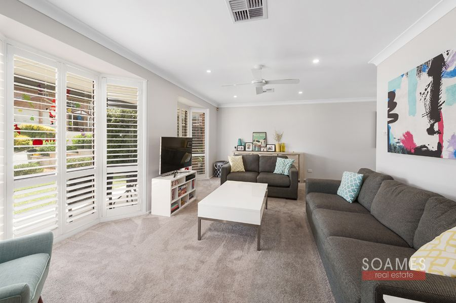 7 Armen Way, Hornsby Heights NSW 2077, Image 1