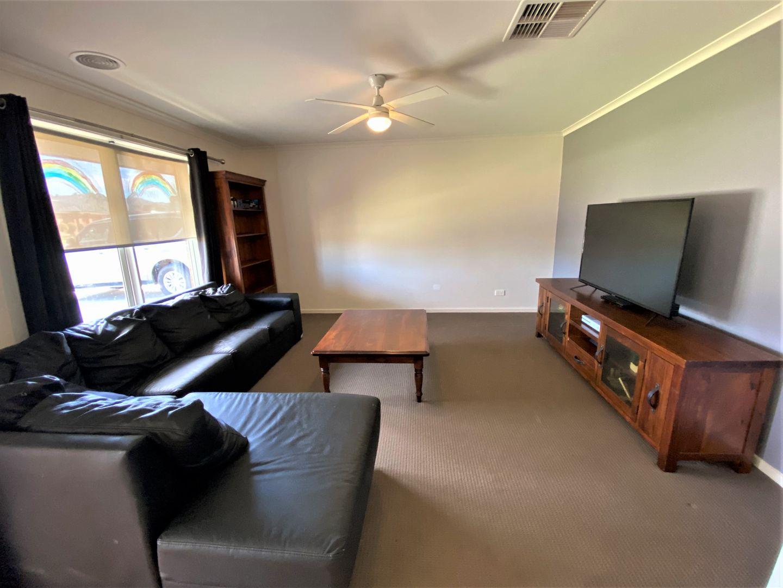 47 Mclaren Boulevard, Thurgoona NSW 2640, Image 1