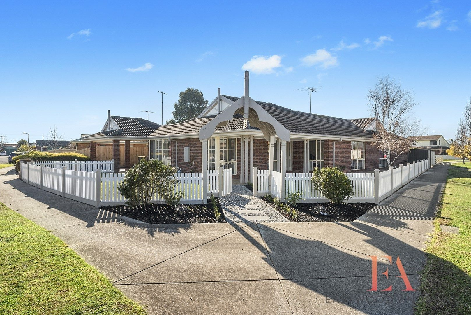 2 Lymington  Court, St Albans Park VIC 3219, Image 0