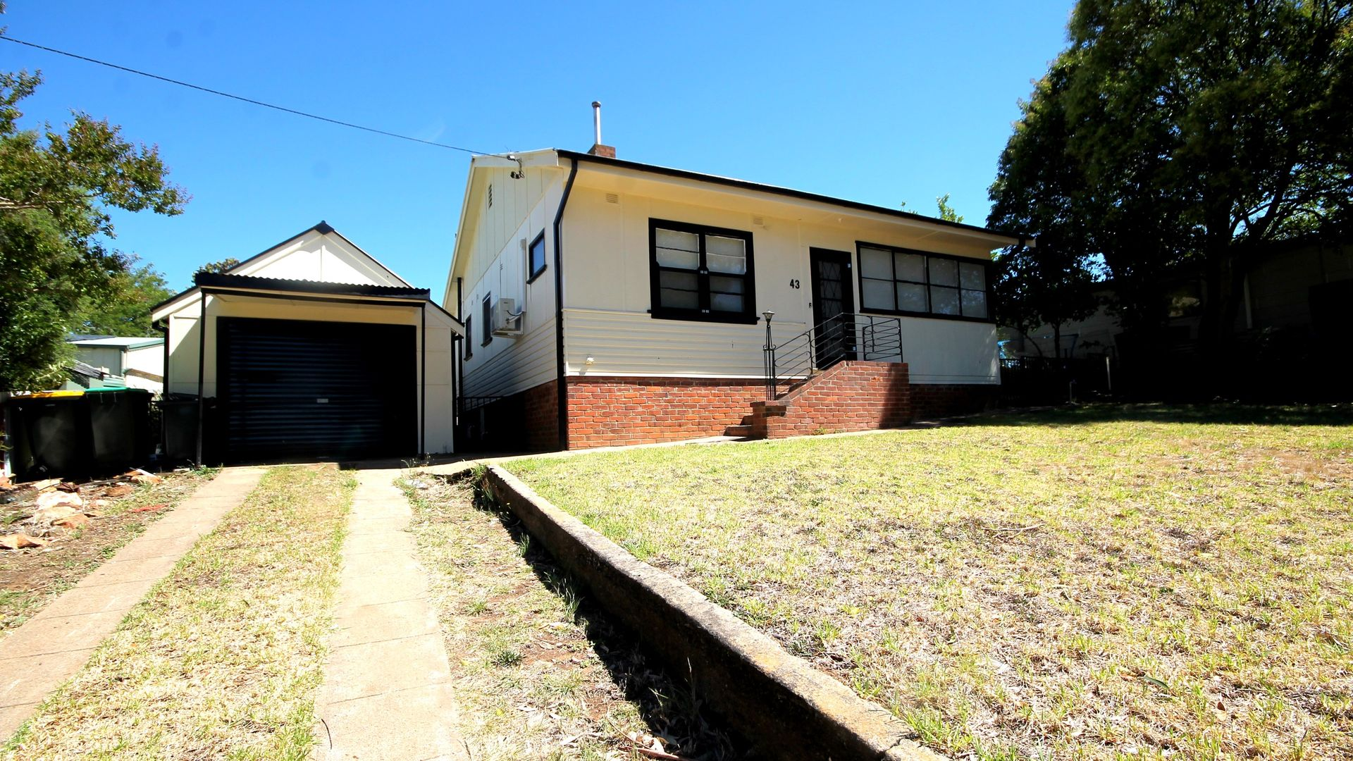 43 Yass Street, Young NSW 2594, Image 1