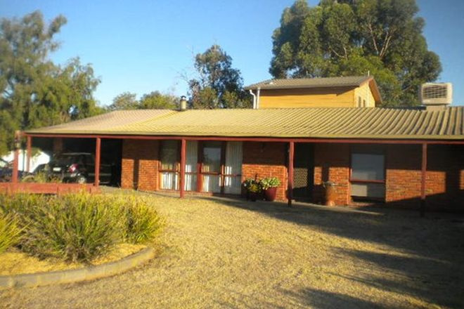 Picture of 18 HAWKEN STREET, LEITCHVILLE VIC 3567