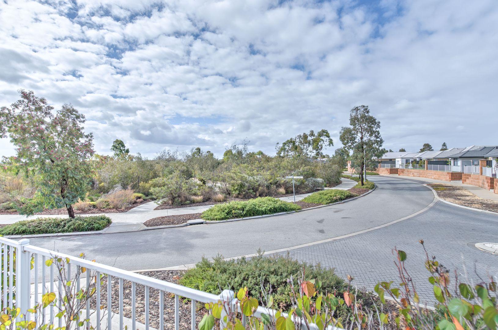 11/18 Oligantha Elbow, Banksia Grove WA 6031, Image 2