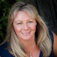 Karen Renouf, Licensed Real Estate Agent