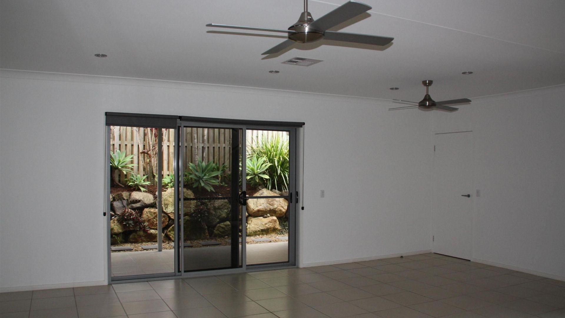 9 Henry Street, Coomera QLD 4209, Image 2