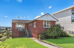 Picture of 17 Highview Avenue, Queenscliff NSW 2096