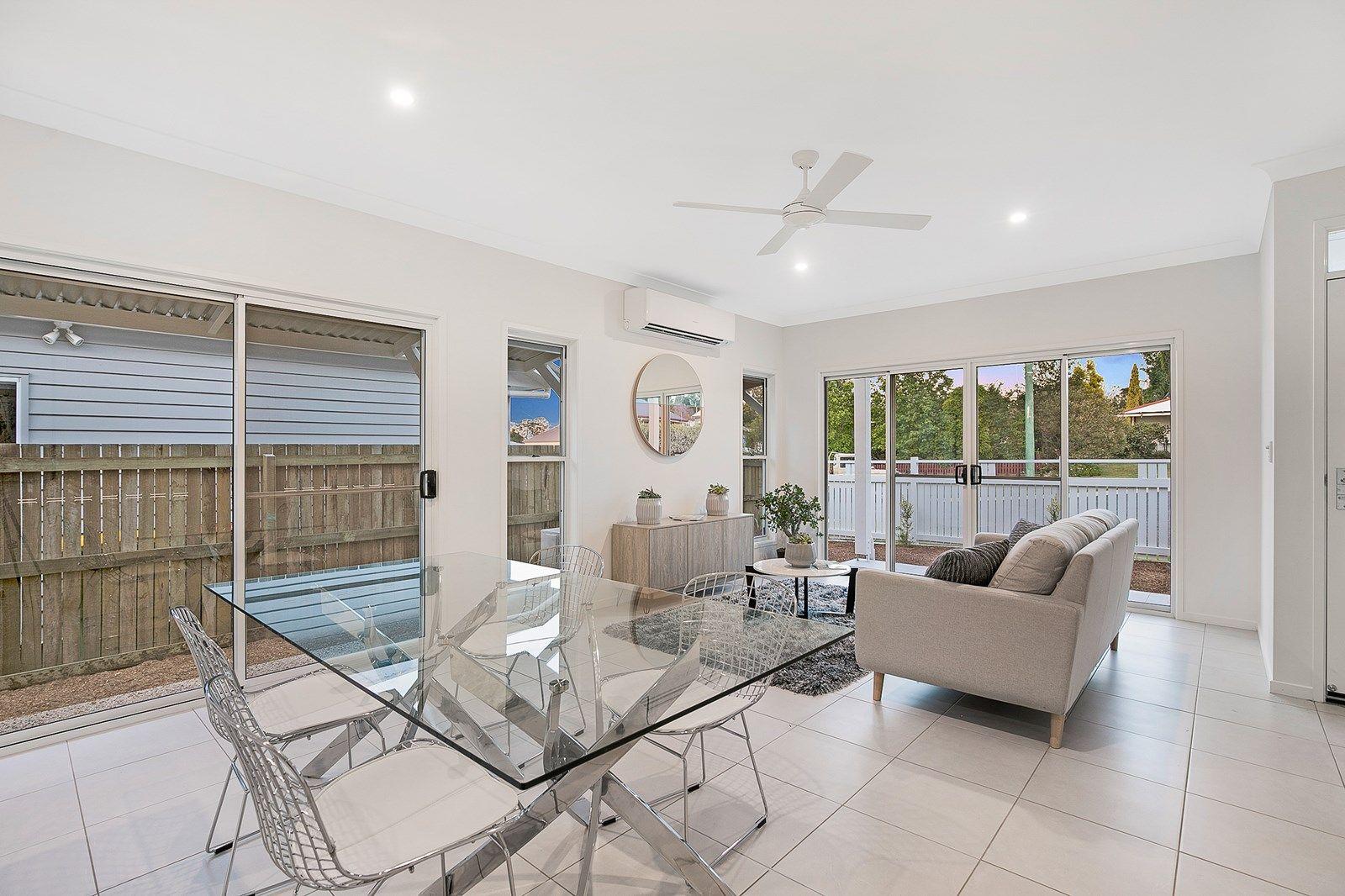 1&2/11 Roberts Street, South Toowoomba QLD 4350, Image 1