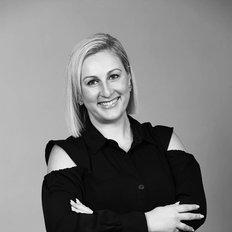 Diana Apostolovski, Sales representative