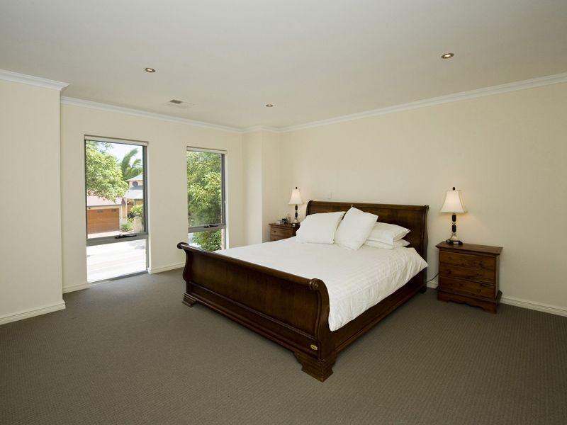 82 Sunbury Road, Victoria Park WA 6100, Image 2