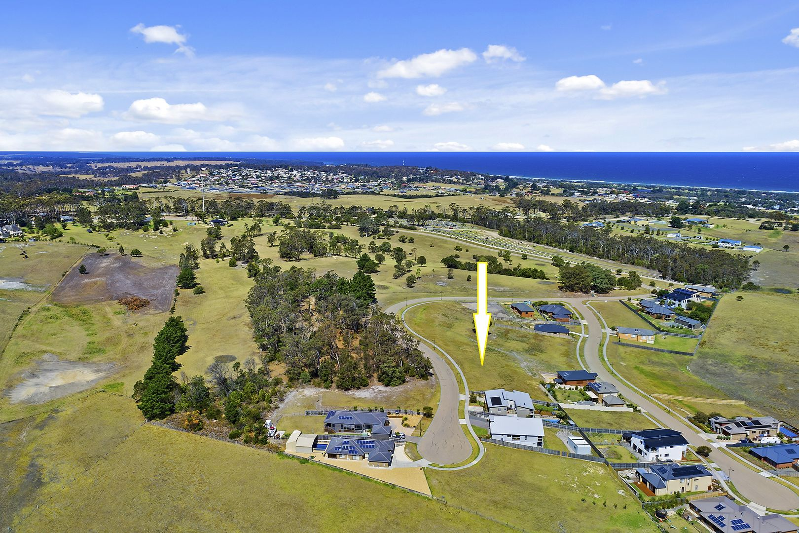 71 Country Club Drive , Lakes Entrance VIC 3909, Image 0