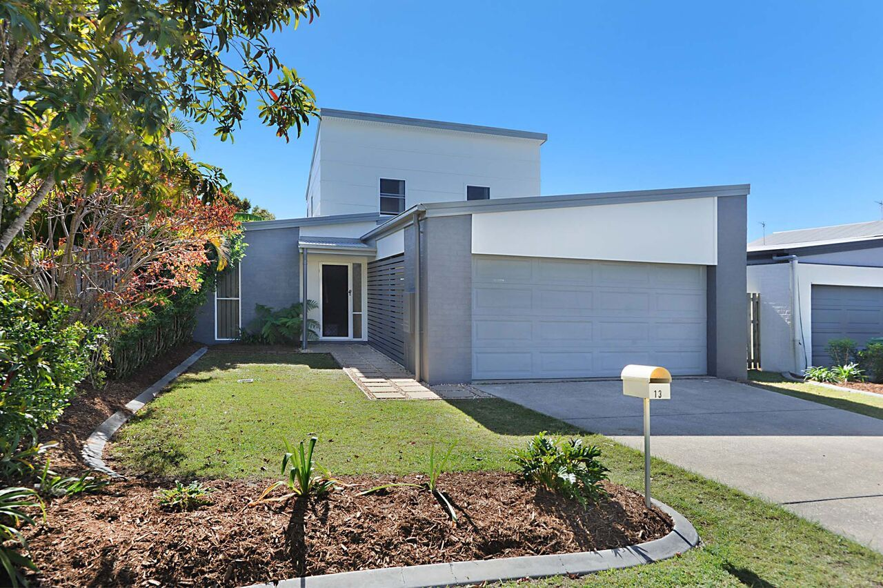 13 Norfolk Drive, Pacific Pines QLD 4211, Image 0