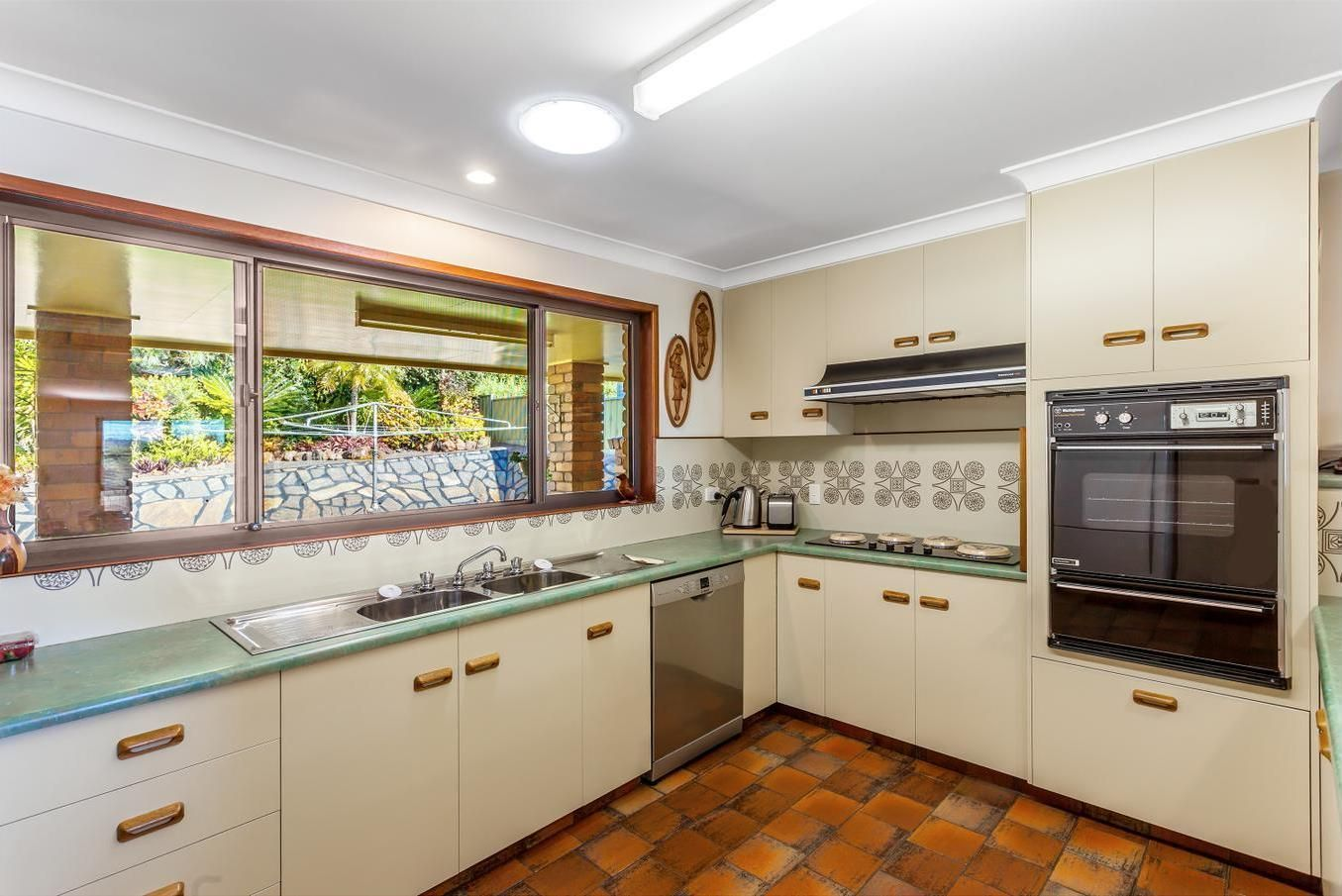 10 Cossart Street, Centenary Heights QLD 4350, Image 1