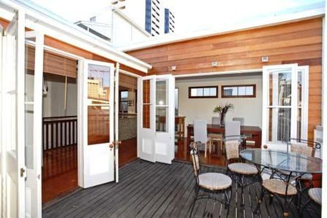 Picture of 32 Twine Street, SPRING HILL QLD 4000