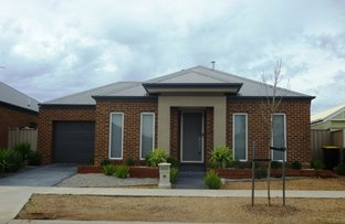Picture of 38 Mount Way, Caroline Springs VIC 3023