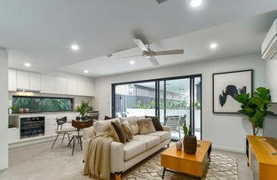 Picture of 3 & 7/26 Ellis Street, Greenslopes QLD 4120