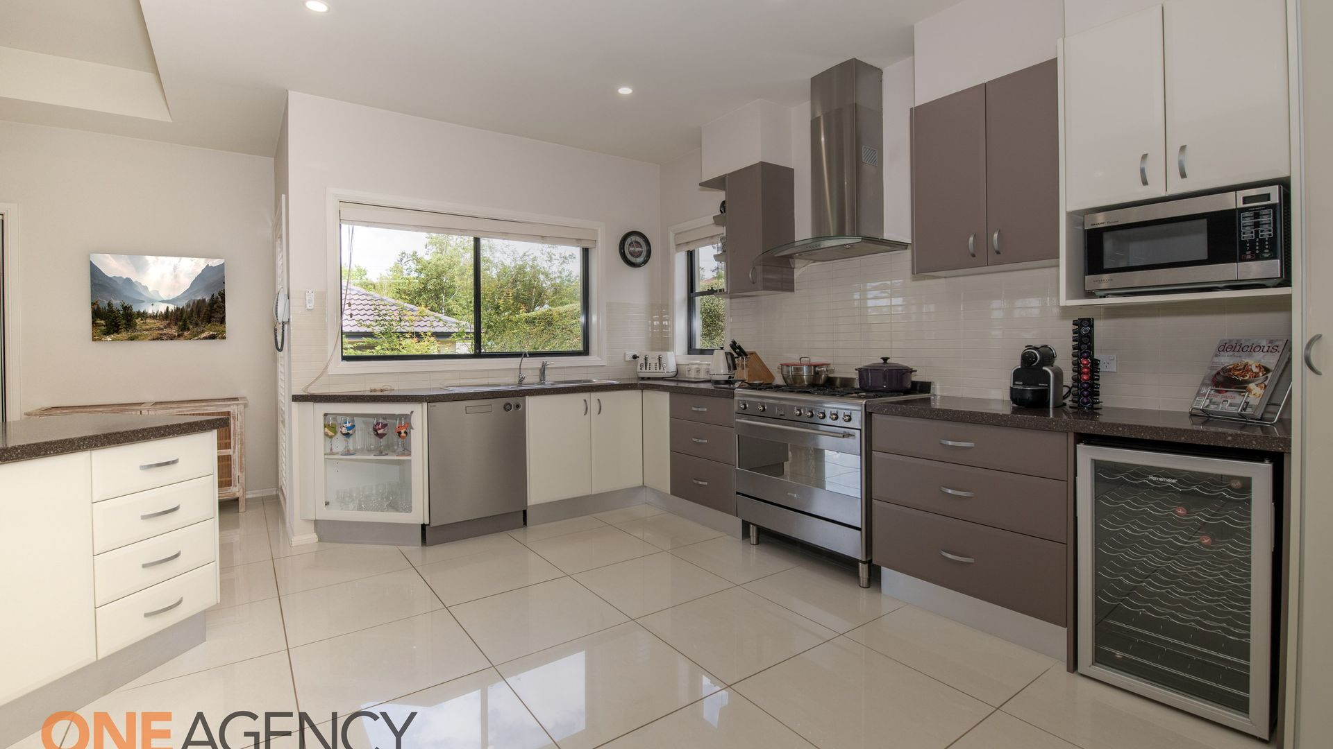 6 Claremont  Way, Orange NSW 2800, Image 2