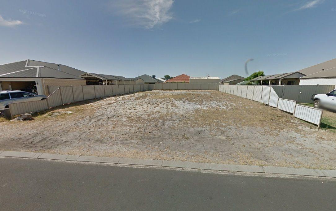 13 Zircon Way, Australind WA 6233, Image 2