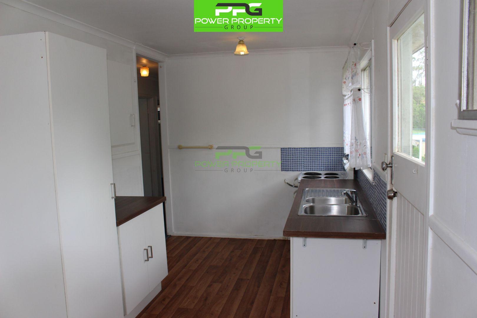 40. Elm Avenue, Woodridge QLD 4114, Image 2