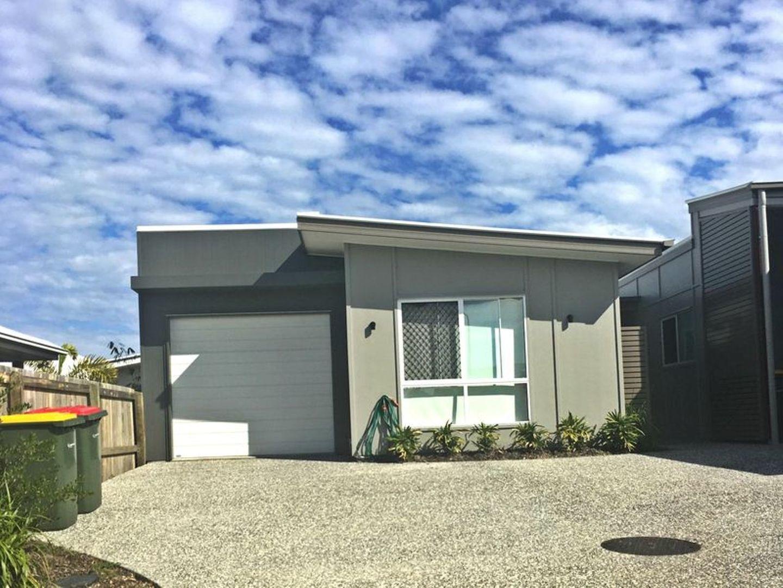 2/7 Burgundy Court, Caloundra West QLD 4551, Image 0