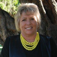 Tracey Brandner, Sales representative