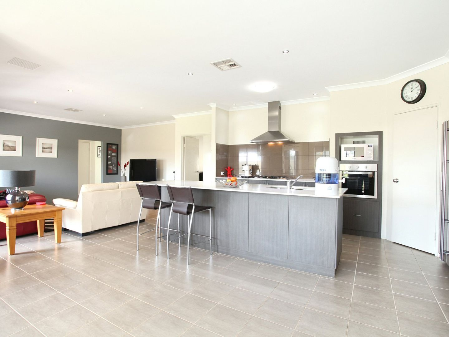 29 Stainsby Turn, Canning Vale WA 6155, Image 2