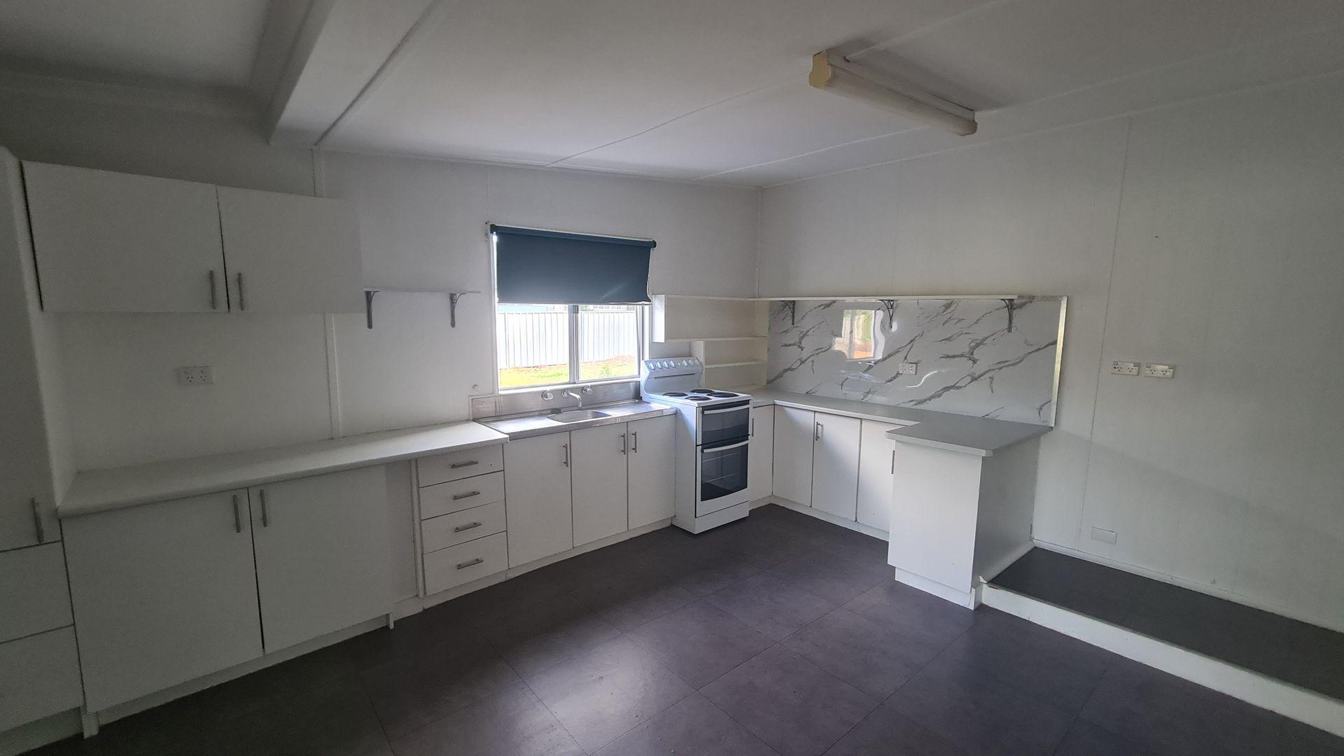 2 Milda Street, Gilgandra NSW 2827, Image 2