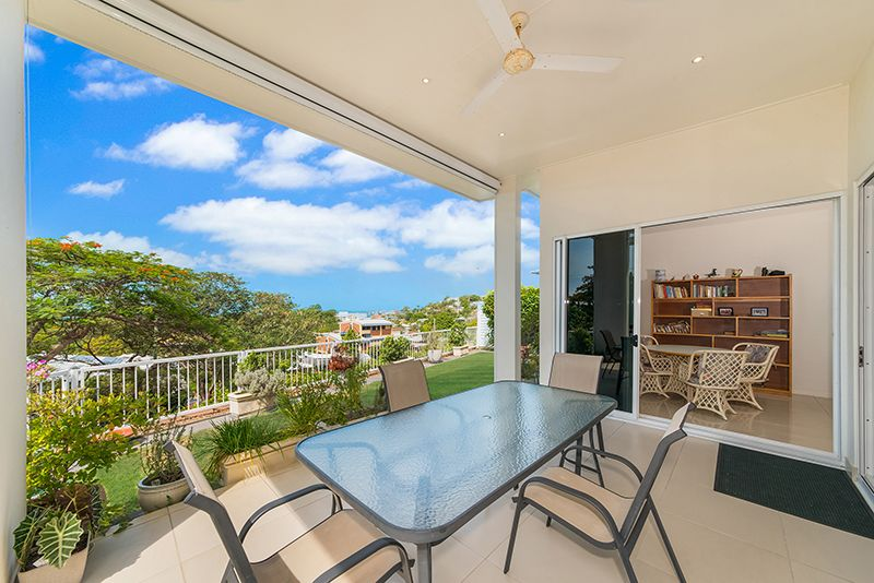 2/326 Stanley Street, North Ward QLD 4810, Image 1
