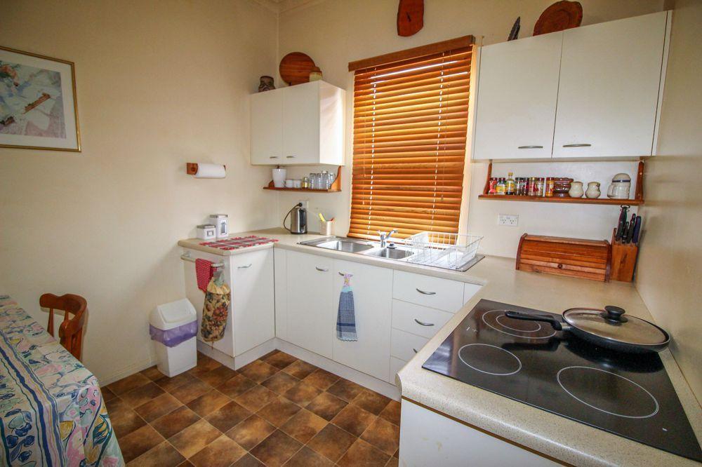15 Ambool Street, Lota QLD 4179, Image 2