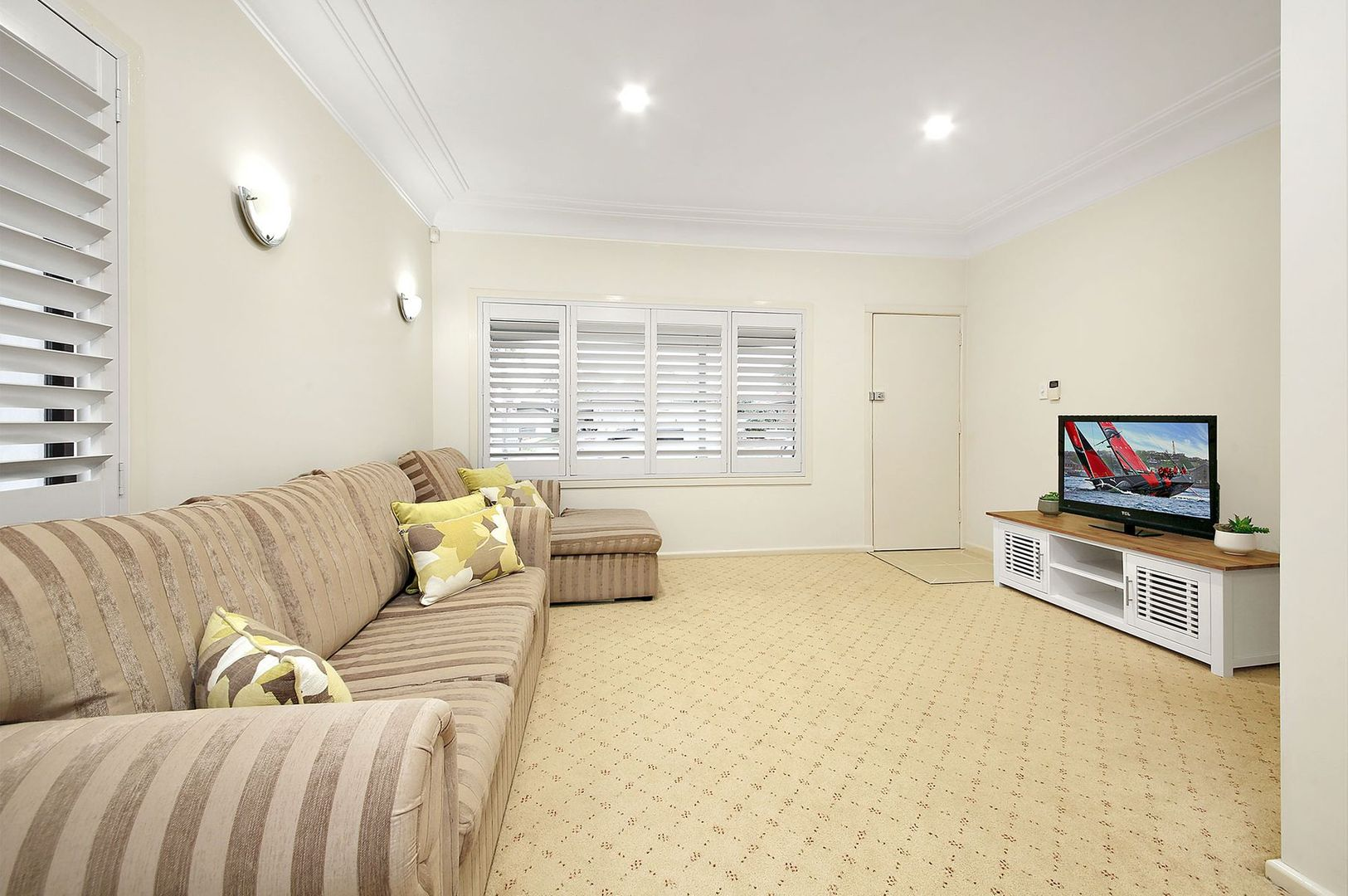 12 Nella Street, Padstow NSW 2211, Image 2