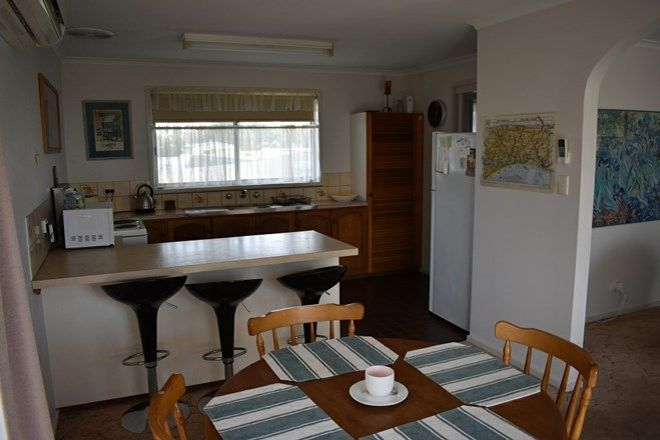 Picture of 2/35 Langford Parade, PAYNESVILLE VIC 3880