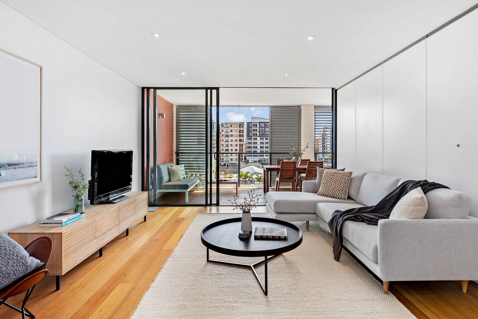 608/53-61 Crown Street, Wollongong NSW 2500, Image 2