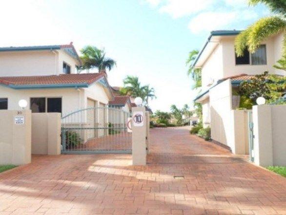 5/30-32 Martinez Avenue, West End QLD 4810, Image 0