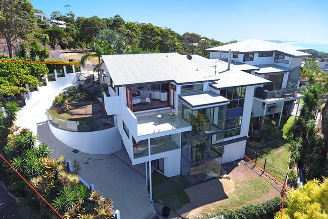 Picture of 2/2 Lang Street, COOLUM BEACH QLD 4573