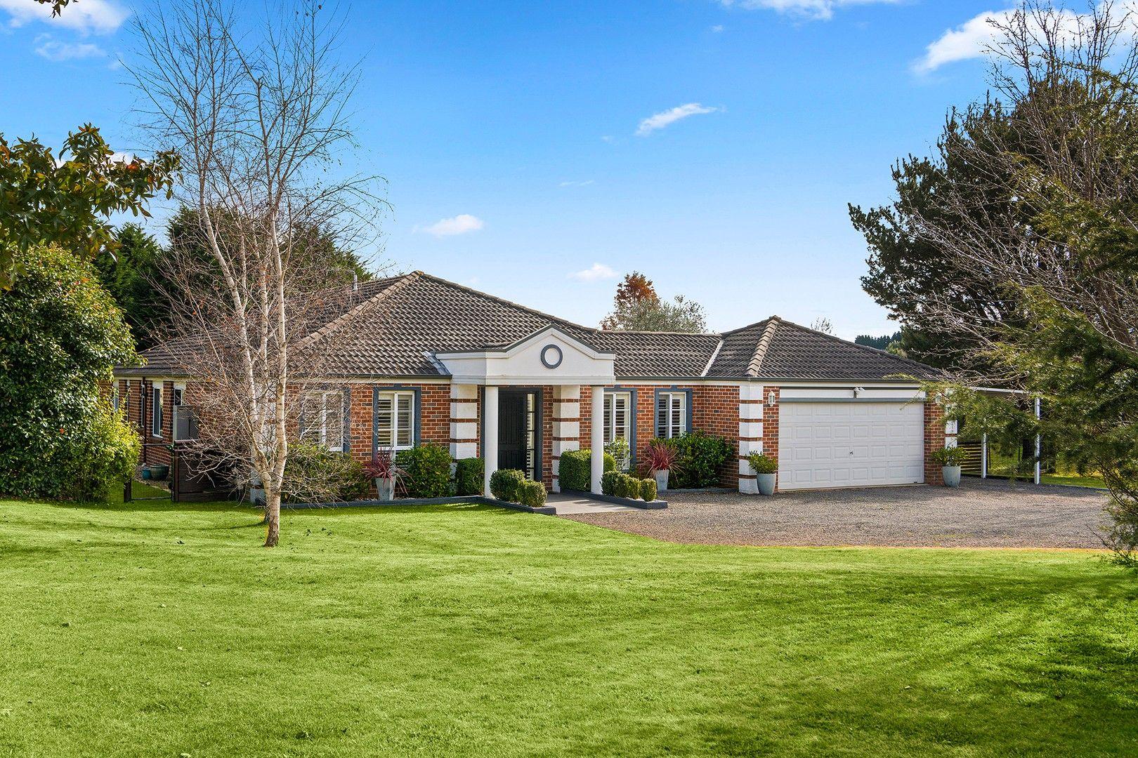 12 Hampton Court, Moss Vale NSW 2577, Image 0