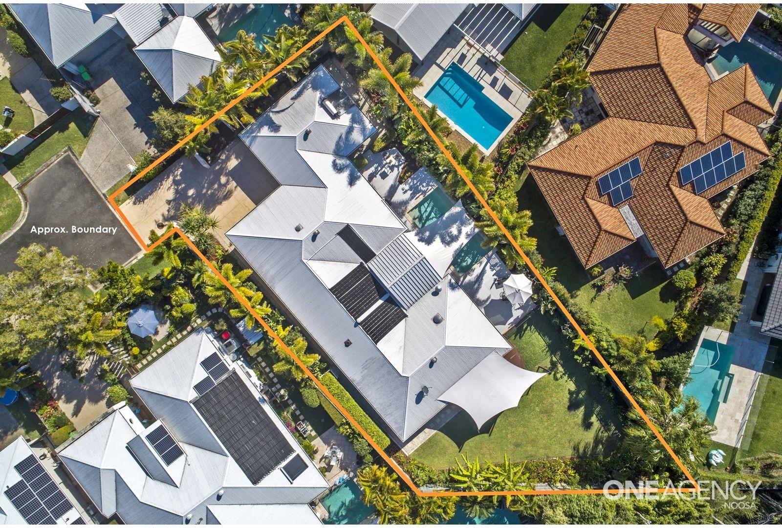 9 Cove Court, Noosaville QLD 4566, Image 2
