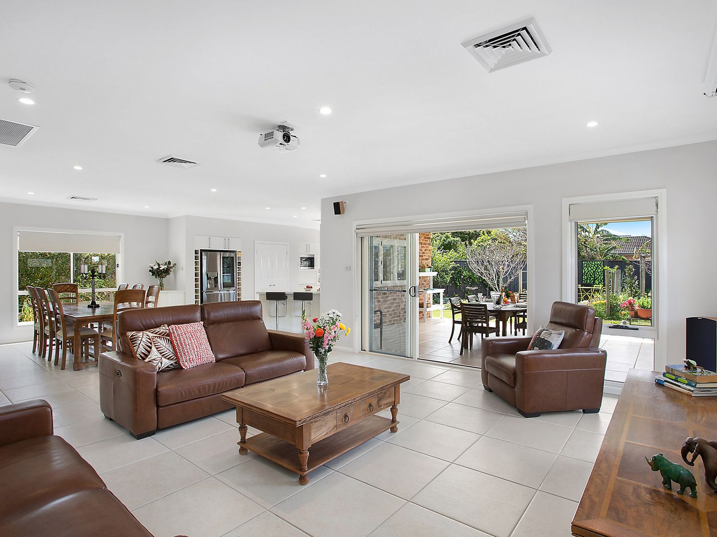 145 Ocean Parade, Blue Bay NSW 2261, Image 2