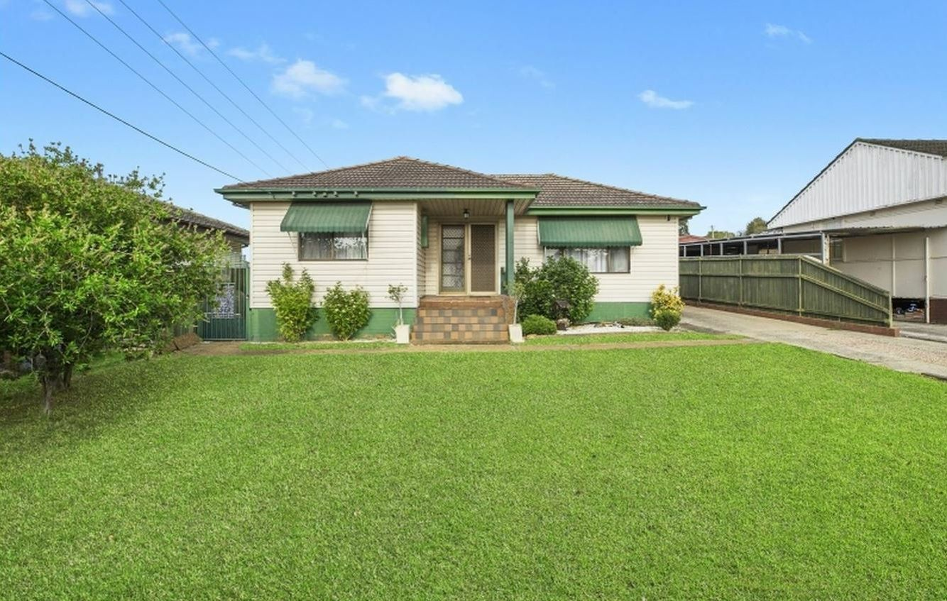 28 West Street, Lurnea NSW 2170, Image 0