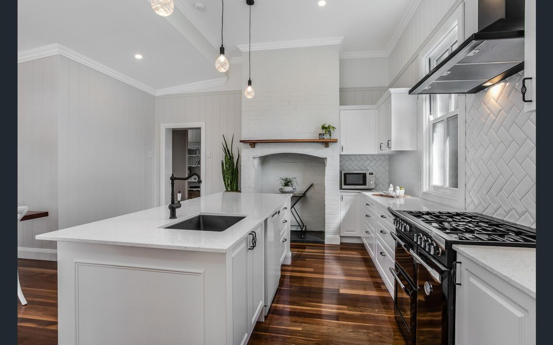 54 Yundah Street, Shorncliffe QLD 4017, Image 0