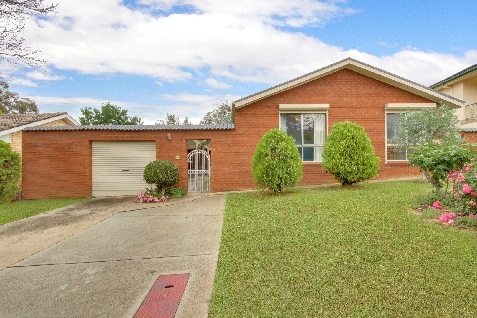 24 Naylor Street, Queanbeyan NSW 2620, Image 0