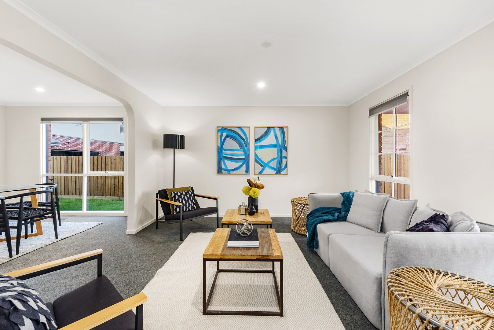 8 Turnberry Court, Rowville VIC 3178, Image 2