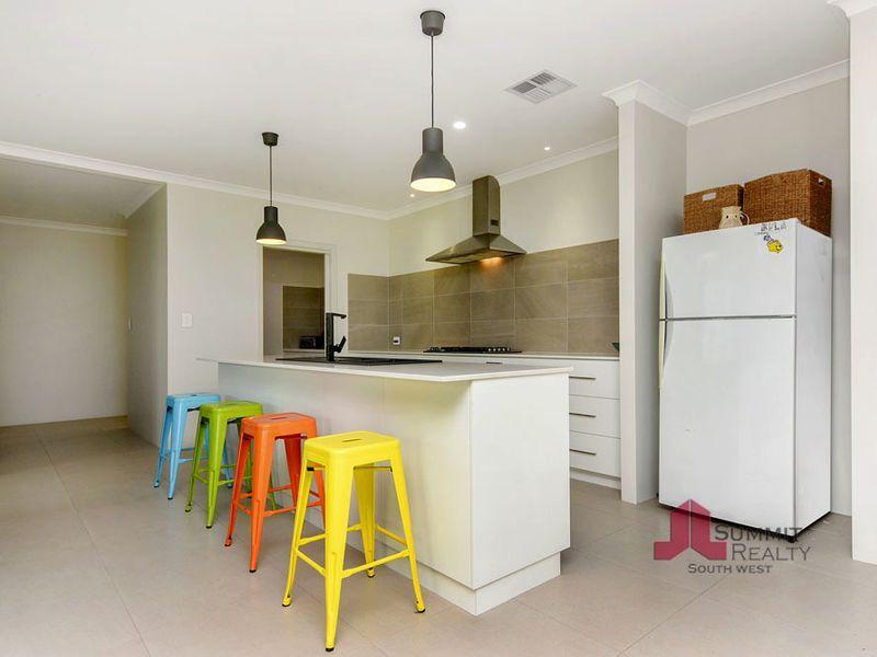 137 Waterford Way, Australind WA 6233, Image 1